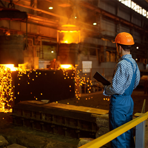 master steelmaker at furnace steel factory G57Q3YW 副本